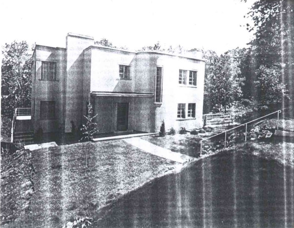 16 Inglewood Drive in 1936 (Image Credit: Canadian Homes and Gardens, Januray/February 1936)