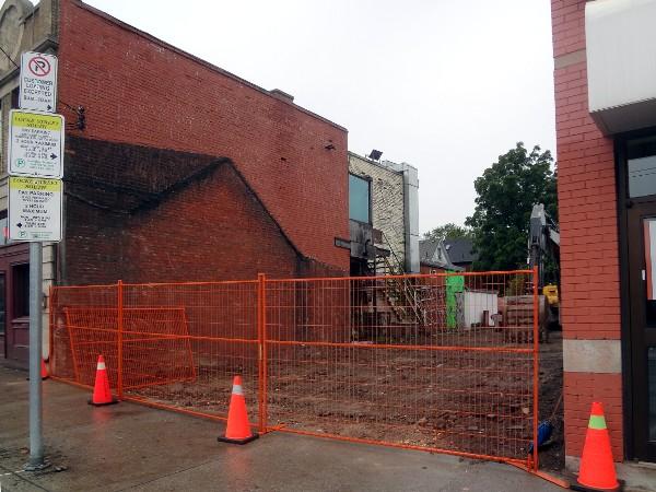 locke street building demolished raise the hammer. Black Bedroom Furniture Sets. Home Design Ideas
