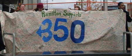 Hamilton Supports 350 banner, with hundreds of signatures