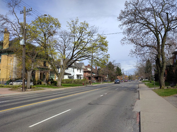 Aberdeen Avenue during PM rush hour on April 29