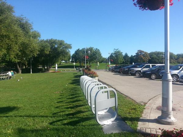 Bike share station at Bayfront Park (and there's another one at the top of the hill)
