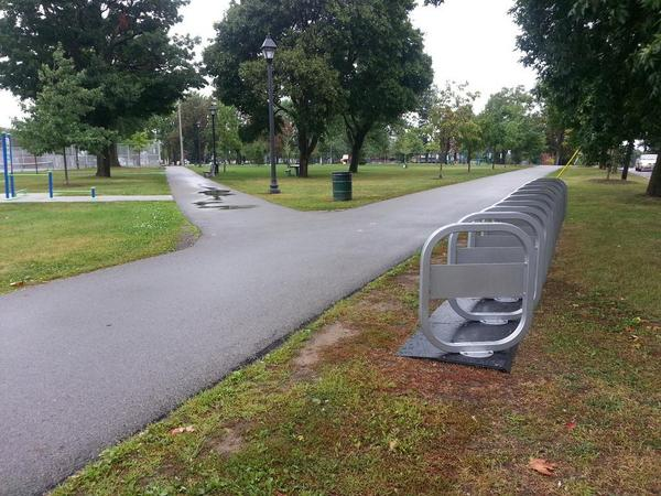 Bike share station at Victoria Park, Locke and Napier