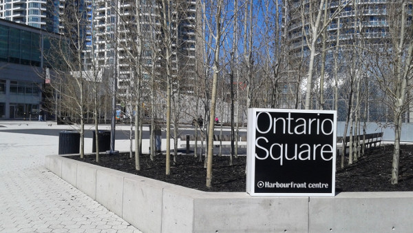 Ontario Square. A Square Designed by Committee?