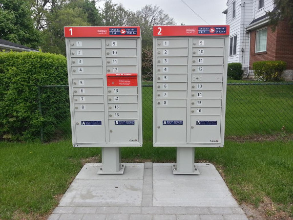 Canada post 'Community Mail Box' on Inverness near Knyvet (RTH file photo)