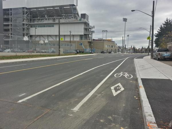Eastbound bike lane starts on Cannon past Lottridge