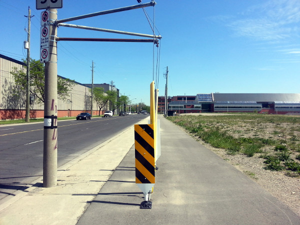 City fix for guy wires blocking Longwood Road South cycle track