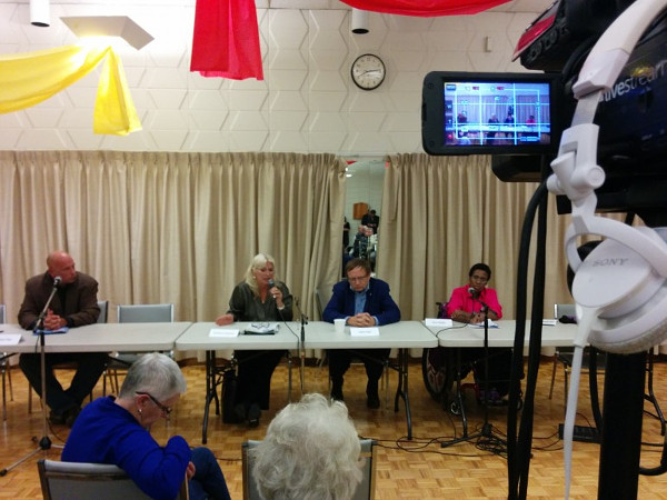 Live web streaming of a 2014 Ward 2 All-Candidates Debate