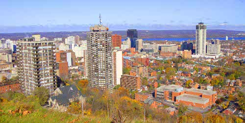 Overlooking downtown Hamilton (Image Credit: Kevin Carmona-Murphy)