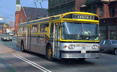 Electric bus on Wilson St. (Photo Credit: <http://ca.geocities.com/hsrtrolleys@rogers.com/Trolleys.html>)