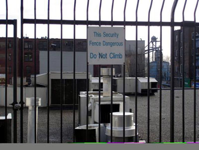 This security fence dangerous: do not climb