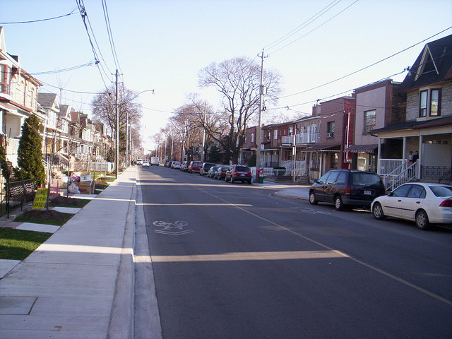 Lansdowne Avenue, Toronto (Image Credit: Joe at Biking Toronto/Flickr)