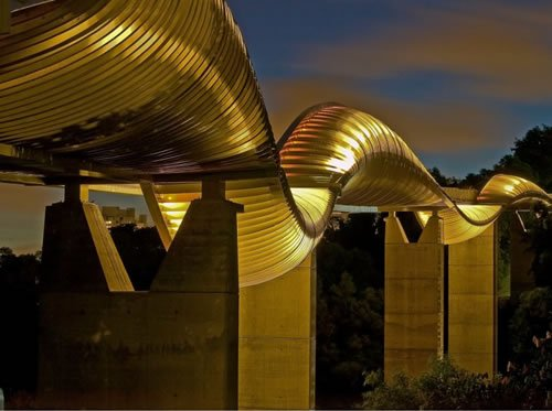 Henderson Waves bridge, Singapore (Image Credit: Smashing Lists)