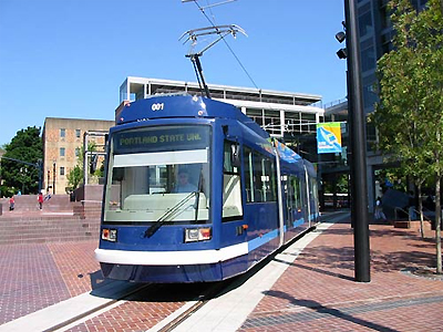 The 10 T low-floor tramcar in Portland, USA. (Image Credit: Railway-Technology.com)