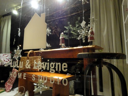 Decorations in the window of Lulu and Lavigne