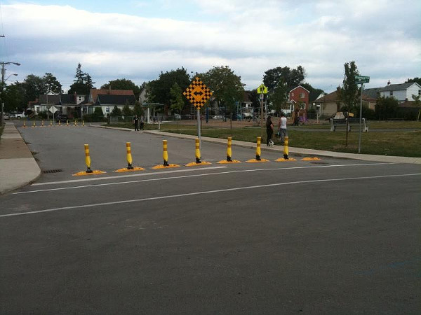 Permeable traffic filter at Roxborough and Province