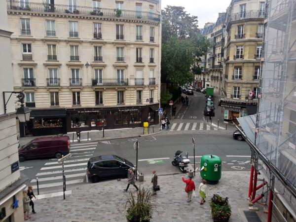 Overlooking painted bike lanes on Rue Monge