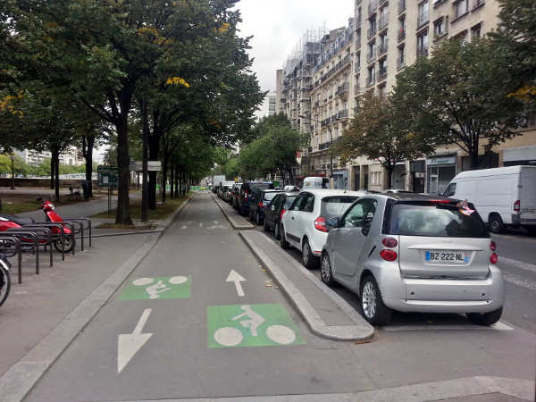 Parking-protected two-way cycle track