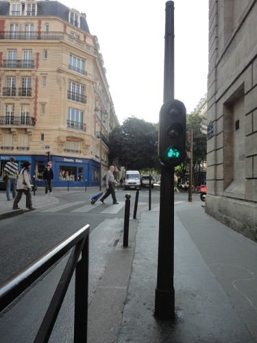 Paris even has cyclist traffic signals