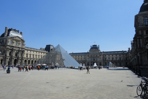 Louvre Courtyard (RTH file photo)