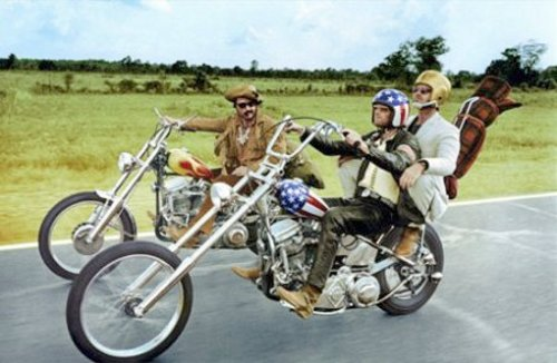 Peter Fonda (centre), in Easy Rider