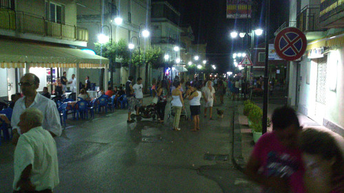 Corso Italia at 11:30 pm on a Tuesday, Campora