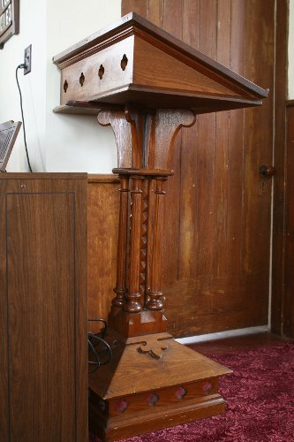 Fig. 10a. Middleport, St Paul's Anglican Church, lectern.