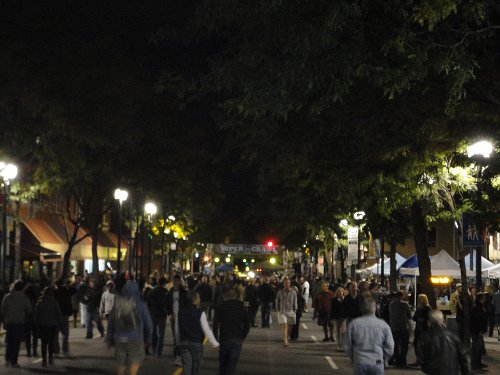 Thousands of people enjoying the 2010 Supercrawl (RTH file photo)