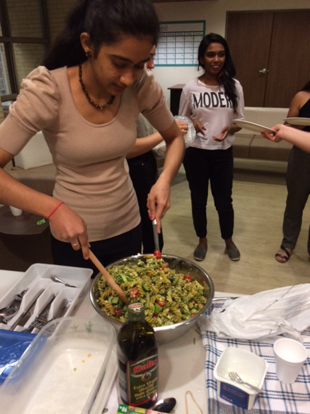 Students preparing meals in the Food for Thought program